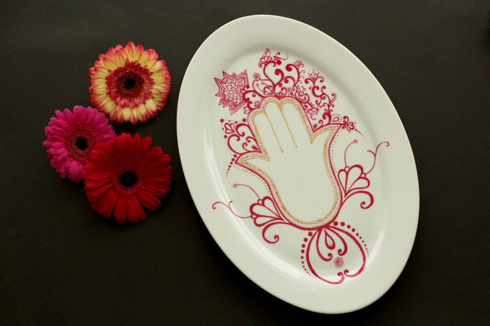 Om Oval Platter